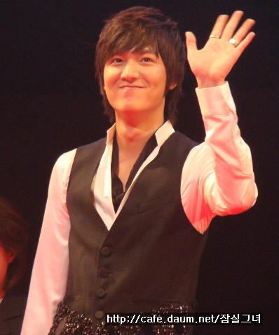 090906 - BOF event - Min Ho (2)