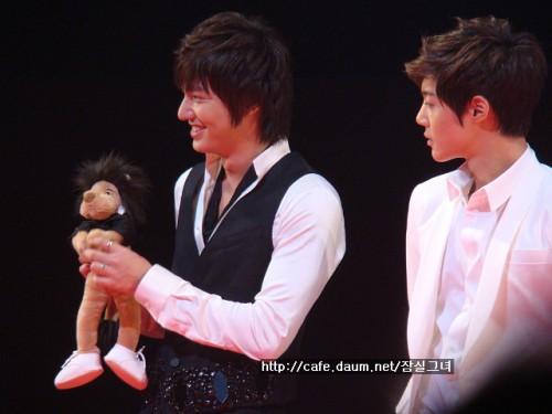 090906 - BOF event - Mino & pet (2)